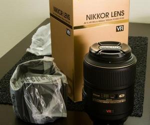 FOR SALE : BRAND NEW NIKON D700,D90,D300 CANON EOS 7D AN 2