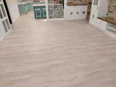 instalacion de suelos laminados tarimas y frisos 7